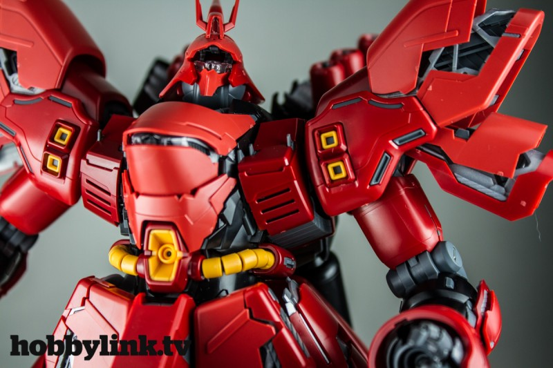 1-100 MG MSN-04 Sazabi Ver. Ka by Bandai -18