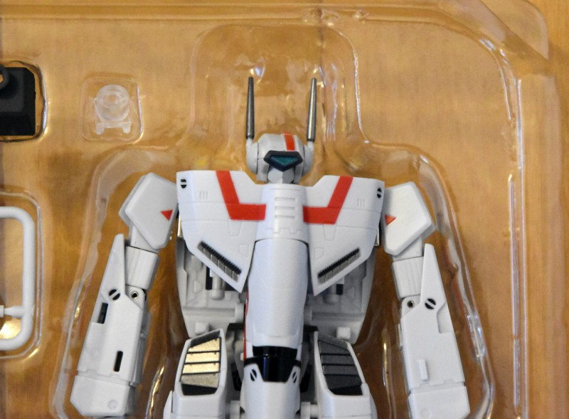 vf1j_armored_unbox7