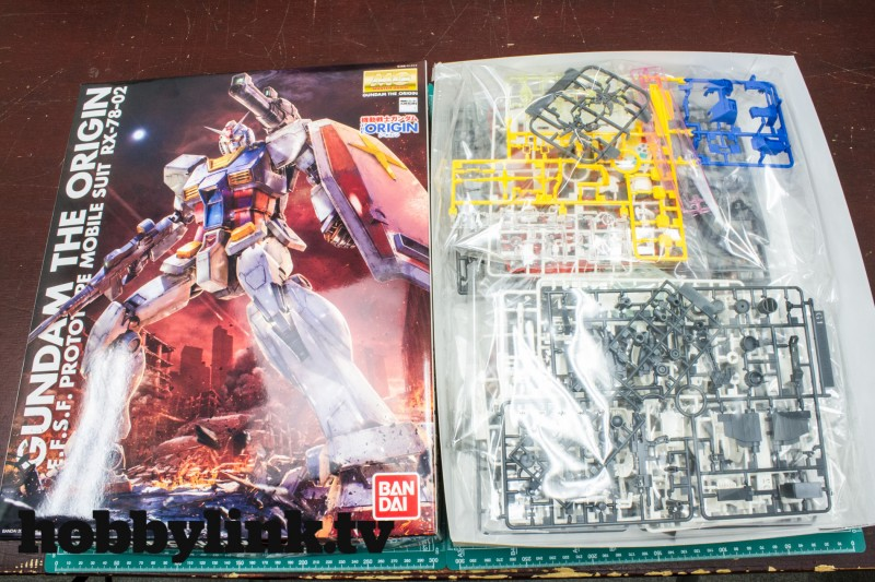1-100 MG THE ORIGIN RX-78-02 Gundam by Bandai-2