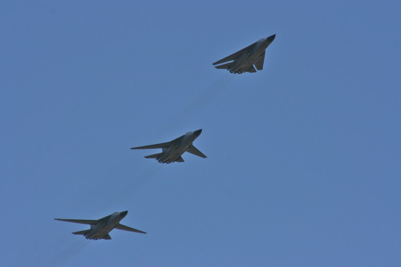 Three_F-111s_with_different_wing_configurations