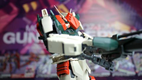 1100-MG-Buster-Gundam-by-Bandai-06