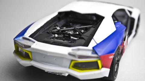 1-24-Lamborghini-Aventador-02