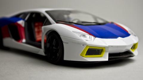 1-24-Lamborghini-Aventador