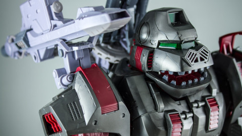 Highend-Master-Model-EZ-015-Iron-Kong-01