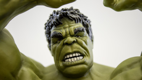 Avengers--Hulk-(Unpainted-Kit)-by-Dragon-clear-coat-9