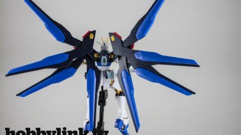 1-144 HGCE Strike Freedom Gundam-by Bandai-14