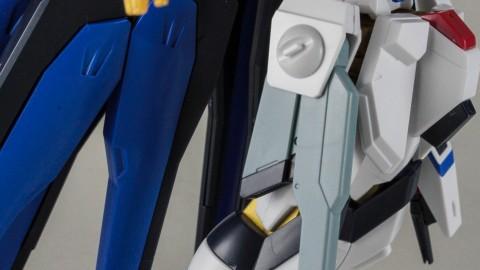 1-144 HGCE Strike Freedom Gundam-by Bandai-6