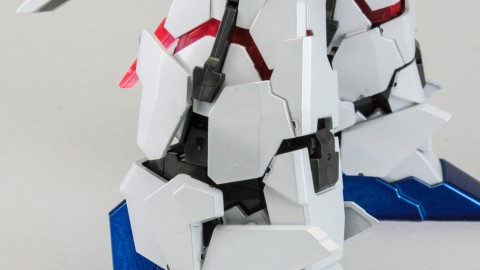 1-100 MG RX-0 Unicorn Gundam (Red or Green Frame Twin Frame Edition) Titanium Finish-2