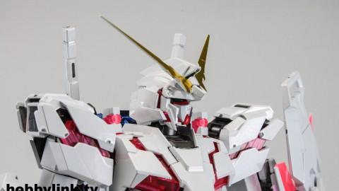1-100 MG RX-0 Unicorn Gundam (Red or Green Frame Twin Frame Edition) Titanium Finish-3